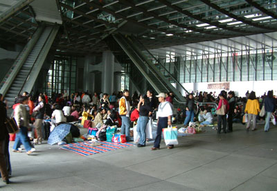 Filipino Maids in Hong Kong « P21chong's Blog