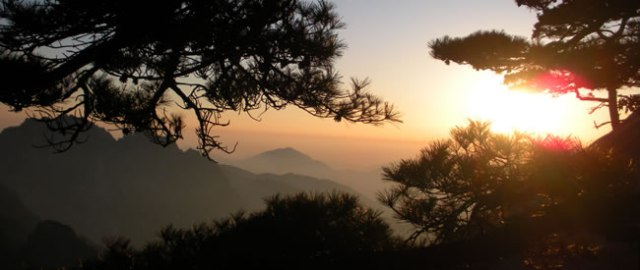 sunsets-on-huangshan01.jpg