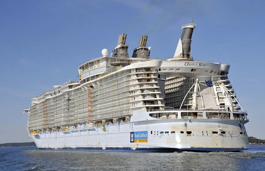 "World's Largest Cruise Ship ""Oasis of the Seas"" – P21chong ... Oasis Of The Seas"